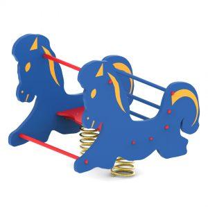 מתקן קפיץ כפול דגם סוס - פיברן מומחים בפיתוח ויצור מתקנים לגני שעשועים, מתקני כושר לפארקים, מתקנים לכלבים וריהוט רחוב